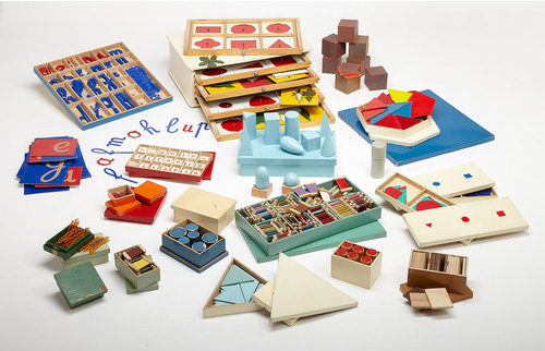 Maria-Montessori-Teaching-materials-century-of-the-child-vintage-rocket-lulu