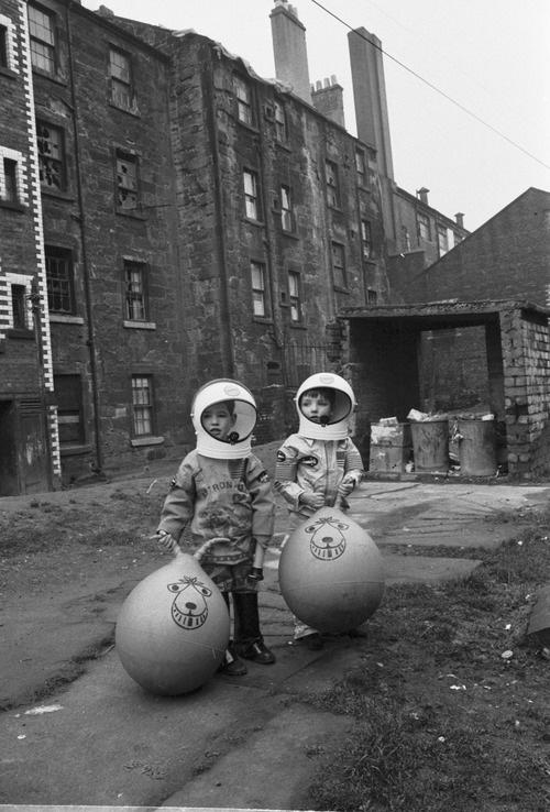 Boys-astronauts-Glasgow-Space-Hoppers-photo-century-of-the-child-rocket-lulu