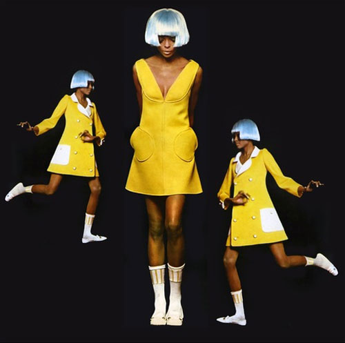 Diana-Ross-wearing-fashion-by-André-Courrèges-1966-space-age-rocket-lulu