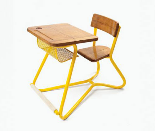 Vintage-enfant-kids-design-Hitier-expo-bureau-ecolier-prototype-mullca-1949-photo-thomas-halkin-piqpoq-carole-daprey
