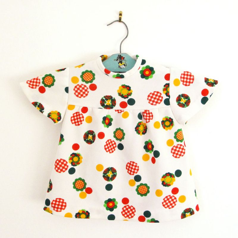 Robe-vintage-enfant-vetement-pop-kids-baby-dress-flowers1