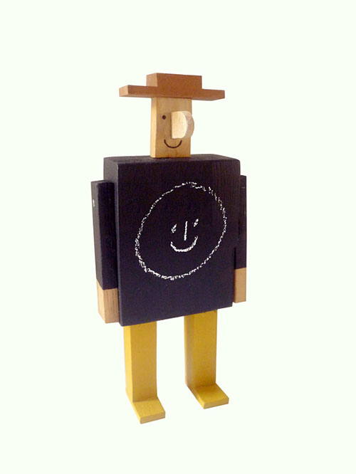Rob-hodgson-wooden-chalk-man-art-sculpture-jouet-enfant-kids-toy
