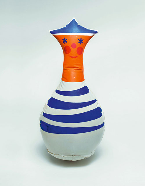 Libuse-Niklova-jouet-gonfle-inflatable-toy-poupee-culbuto-enfant-vintage-doll-children-kids