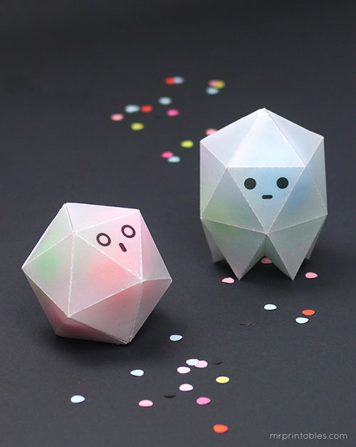 DIY-origami-enfant-halloween-boites-fantomes-geometry-ghost-boxes-wax-paper-kids-craft1