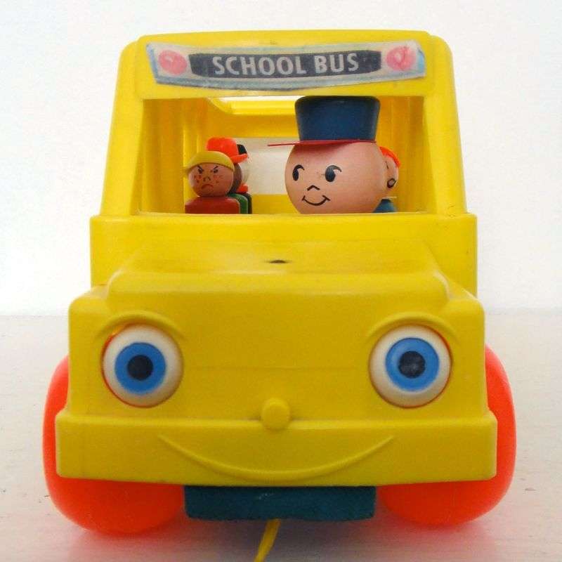 Jouet-tirer-vintage-enfant-bus-fischer-price-kids-pull-toy-school-deco2