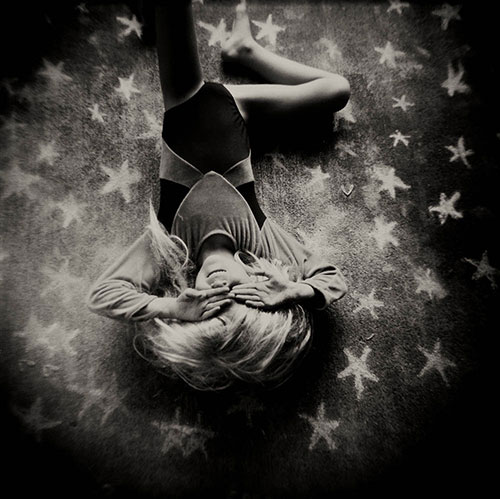 Laura-Burlton-chalk-dreams-photography-falling-star-rocket-lulu