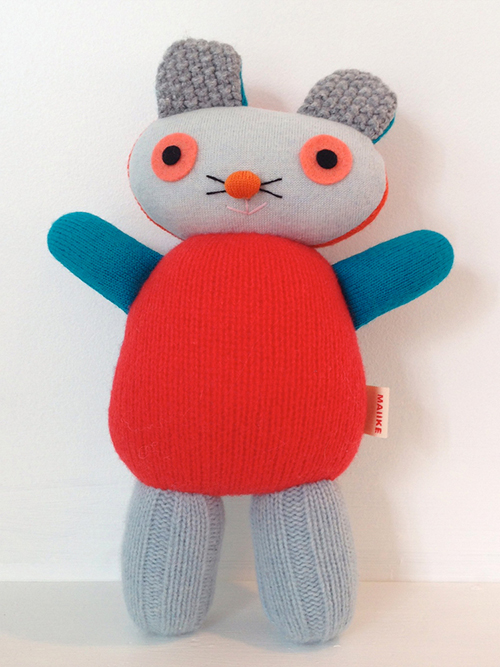 Maiike-doudou-ours-bear-recycled-woolen-jumpers-toy-rocket-lulu