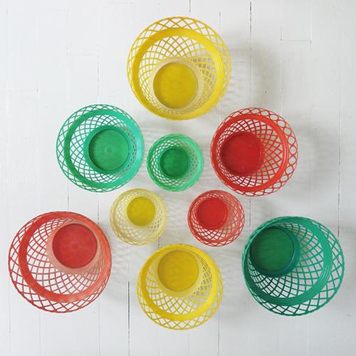 Cache-pot-vintage-plastic-planter-rocket-lulu1