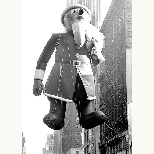 Macy's-thanksgiving-day-parade-1939-santa-balloon-vintage-photo-rocket-lulu