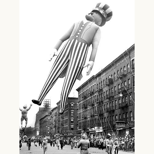 Macy's-thanksgiving-day-parade-1938-unclesam-balloon-vintage-photo-rocket-lulu