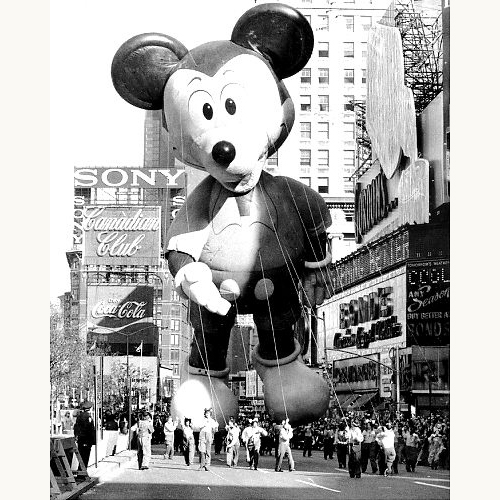 Macy's-thanksgiving-day-parade-1973-mickeymouse-balloon-vintage-photo-rocket-lulu