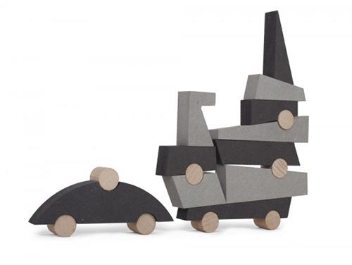 Jeu-EL-BALANCIN-Ludus-Ludi-PICO-PAO-stacking-toy-rocket-lulu1