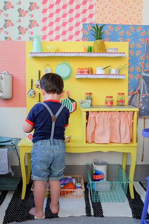 Livre-vintage-for-kids-diy-deco-chambre-enfant-morganours-rocket-lulu1